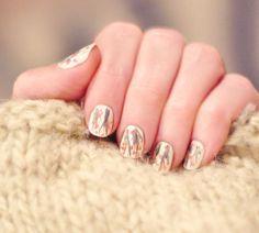DIY cherry blossom nails