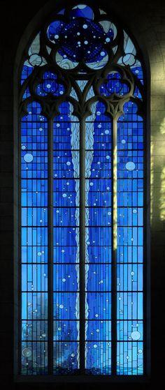 Photo: Denis Krieger. Créations de Joël Mône Le baptême du Christ mesvitrauxfavoris.fr/romilly.htm