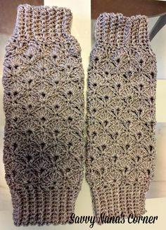 Art Deco Legwarmers - free crochet pattern by Savvy Nana. Matching hat here: http://www.savvynana.com/art-deco-hat-free-pattern/