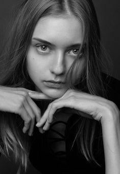it's beautiful 02 Photography Gallery, Photography Women, Beauty Photography, Portrait Photography, Nastya Kusakina, Model Face, Cute Beauty, Black And White Portraits, Female Portrait