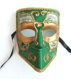 Master Emerald's other mask.