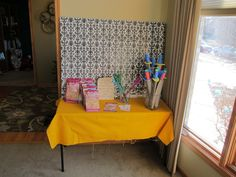 Goodie bag table Beauty And The Beast Party, Goodie Bags, My Beauty, Girl Birthday, Table, Favor Bags, Mesas, Desk, Goody Bags