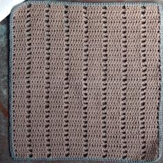 Hæklet karklud, opskrifter på hulmønstrede karklude Projects To Try, Blanket, Rugs, How To Make, Home Decor, Bacon, January, Farmhouse Rugs, Craft