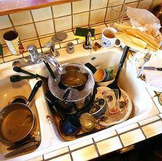 Используйте вместо моющего средства горчичный порошок или пищевую соду. Это экономично, эффективно и безопасно для здоровья.