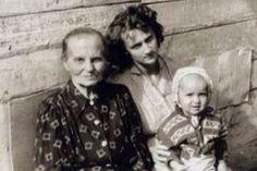 Vladimir Putin and mom | < 179° pl https://de.pinterest.com/mirbo57/putin/