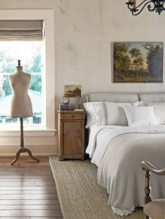 Love the simple, neutral colors in this bedroom. #bedroomdecor