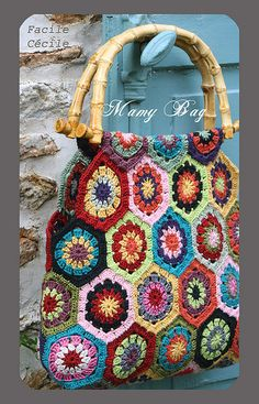 crochet bag with bamboo handles ... granny squares in hexagon shape ... dark and light, bold and pastel ... colorful!!