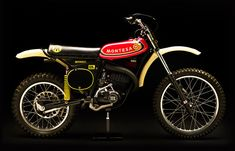 JonesMXcollection site is devoted to the first purpose built motocross bikes, the bikes that helped ignite the explosion of American motocross in the Enduro Vintage, Vintage Motocross, Vintage Bikes, Retro Vintage, Mx Bikes, Motocross Bikes, 2 Stroke Dirt Bike, Moto Cross, Dirtbikes
