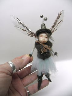 tiny pose-able fairy by DinkyDarlings SOLD