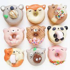 Animal donuts by Vickie Liu ( - sweet kings - desserts, Cute Donuts, Mini Donuts, Doughnuts, Fried Donuts, Delicious Donuts, Yummy Food, Dessert Kawaii, Yummy Treats, Sweet Treats