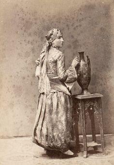 une femme d'algerie1865