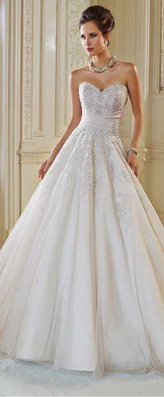 Graceful Tulle Ball Gown Sweetheart Neckline Natural Waistline Wedding Dress