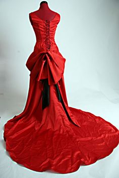 I just love this dress. It's Nicole Kidman's red dress from Moulin Rouge.
