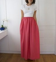 Love this long, full skirt with a tee tucked in. I must have this skirt. Maybe I'll sew one up this weekend?? I think so