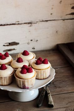 raspberry lemon cream cheese cupcakes.