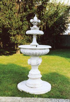 """Linda Fountain (small) - #905 - 851 lbs. - 84.6"""" tall - 37.4"""" dia - Garden Fountain"""