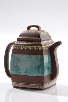 Old chinese Yixing tea pot