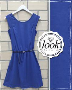 O azul royal é uma super tendência para a primavera. Nesse vestido, ele contrasta com o preto do cinto e monta um look lindo!  Para a noite, a dica é apostar nos acessórios prateados para completar o visual.   http://facebook.com/VistaBriard  #Moda #Fashion #Outfit #Ootd #Tip #Briard