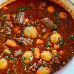 Beef and Tomato Stew (Instant Pot, Slow Cooker and Stove-Top) - Eat Yourself Skinny Eat Yourself Skinny, Chicken Tortilla Soup, Chicken Soup, Stewed Potatoes, Detox Soup, Healthy Soup Recipes, Easy Weeknight Dinners, Slow Cooker Chicken, Healthy Baking