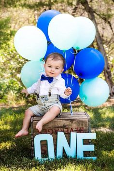 Blue one year baby photografie