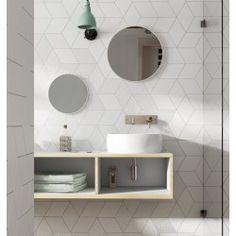 Love the tile / Rhombus Diamond Tile Backsplash Pattern Marble Bathroom Floor, Bathroom Flooring, Modern Bathroom, Tile Flooring, Minimalist Bathroom, Bad Inspiration, Bathroom Inspiration, Rhombus Tile, Cerámica Ideas