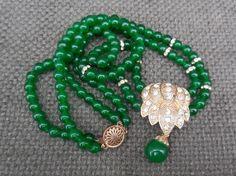 Beautiful Vintage INDIAN Grossular EMERALD Bead & Gilt Silver Rhinestone NECKLACE...Retro Bollywood Glamour! Gemstone Statement Jewellery! by SlimandSugar on Etsy