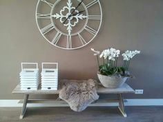 Riverdale en orchideeen Home And Living, Living Room, Decoration, Sweet Home, Shabby, New Homes, House Styles, Interior, Table