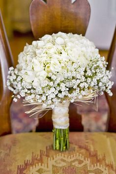 24 All White Wedding Bouquets Inspiration ❤ See more: http://www.weddingforward.com/white-wedding-bouquets-inspiration/ #weddings #bouquet