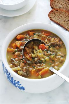 Ideas For Soup Legumes Chou Healthy Soup, Healthy Dinner Recipes, Vegetarian Recipes, Cooking Recipes, Canadian Food, Frijoles, Soup And Sandwich, Gazpacho, Top Recipes