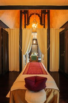 THE LEELA PALACE KEMPINSKI UDAIPUR, INDIA: Designed by BENSLEY Udaipur India, Chinoiserie, Landscape Design, Palace, Architecture Design, Minimalism, Asian, Interior Design, Studio