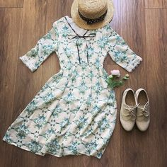 Outfits – The Other Sparrows Half Sleeves, What I Wore, Lace Trim, Sparrows, Casual Dresses, Bows, V Neck, Style Inspiration, Floral