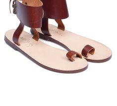 el yapımı deri sandalet Sandals, Shoes, Fashion, Moda, Shoes Sandals, Zapatos, Shoes Outlet, Fashion Styles, Shoe
