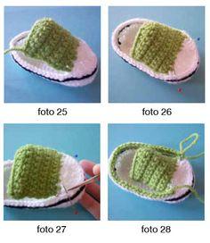 Stoere baby gympen – Cadeautjes maken Cool Baby, Baby Jokes, Diy Accessoires, Baby Converse, Baby Born, Baby Cardigan, Beautiful Crochet, Baby Booties, Barbie Dolls