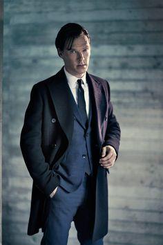 He's appearing on the West End this season, but when will we see him on Broadway, I wonder? Benedict Cumberbatch! <3 Benedict Cumberbatch Sherlock, Sherlock Holmes, Watson Sherlock, Sherlock John, Johnlock, Mrs Hudson, 221b Baker Street, British Men, Raining Men