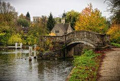 Iffley Lock, Oxford by sdhaddow, via Flickr