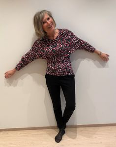 Ellen's Sewing Passion: Crazy Pattern Top Darning, Velvet Ribbon, Top Pattern, Passion, Sewing, Pretty, Fabric, Tops, Women