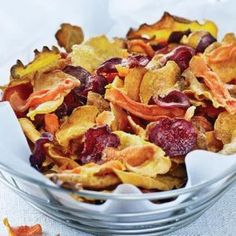 Ontario Rutabaga is deliciously crispy as an appetizer with these stunning baked Vegetable Chips. Healthy Food Choices, Healthy Snacks, Healthy Eating, Vegetable Chips, Vegetable Recipes, Vegan Recipes, Snack Recipes, Veggie Dishes, Food Porn