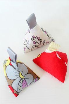 Fabric weights tutorial ~ Creative Homemaking