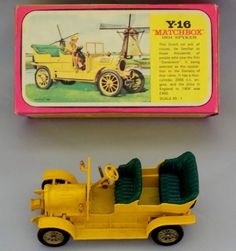 VINTAGE BOXED MATCHBOX MODELS OF YESTERYEAR Y-5 YELLOW 1904 SPYKER MODEL CAR