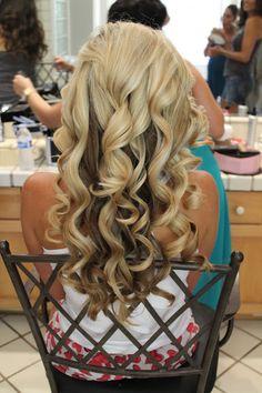 Gorgeous curls!  Follow this BLOG!!  Fashion, style, mommy, blogger, bracelets, designer, bridal hair, makeup, nail polish, headbands, ideas, tutorials and DIY