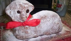 Ořechový velikonoční beránek | recept Easter Lamb, Czech Recipes, Healthy Diet Recipes, Pavlova, Nutella, Baking Recipes, Smoothies, Teddy Bear, Christmas Ornaments