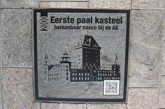 Almere in 2000, eerste paal Kasteel, herkenbaar casco (ruïne) langs de A6