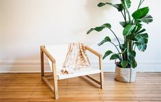 Lo Chair by Jeremy Lee - Design, Sustainable, Handmade, Furniture Bespoke Furniture, Handmade Furniture, Diy Furniture, Furniture Design, Sustainable Furniture, Simple Lines, Wishbone Chair, Decorating On A Budget, Furniture Making