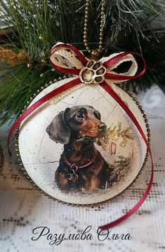 VK is the largest European social network with more than 100 million active users. Christmas Balls, Merry Christmas, Christmas Ornaments, Dachshund, Vinyl Ornaments, Christmas Decoupage, New Years Decorations, Babies First Christmas, Christmas Animals