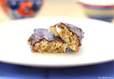 peanut butter coconut protein bars // not too sugary but still nice and sweet