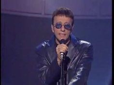 ▶ Bee Gees - How Deep Is Your Love (live, 1998) - YouTube