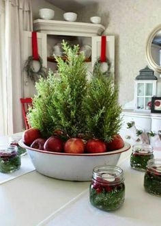 Farmhouse Friday – Vintage Enamelware Artificial fir tree as Christmas decoration? A synthetic Christmas Tree or a real one? Farmhouse Christmas Decor, Christmas Kitchen, Modern Christmas, Country Christmas, Simple Christmas, Christmas Home, Vintage Christmas, Christmas Holidays, Christmas Crafts