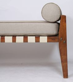 Dismountable Daybed by Pierre Jeanneret 4