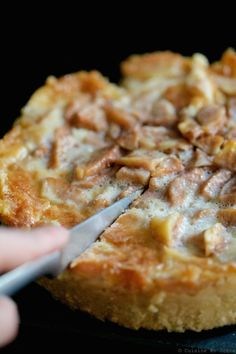 Tarte aux poires Nutella, Pizza, Cheese, Desserts, Food, Cooking, Pear Tart, Sweet Pie, Tarts