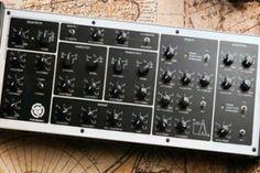 Un clásico nunca muere, el sintetizador analógico ruso Polivoks resucita en forma de módulo